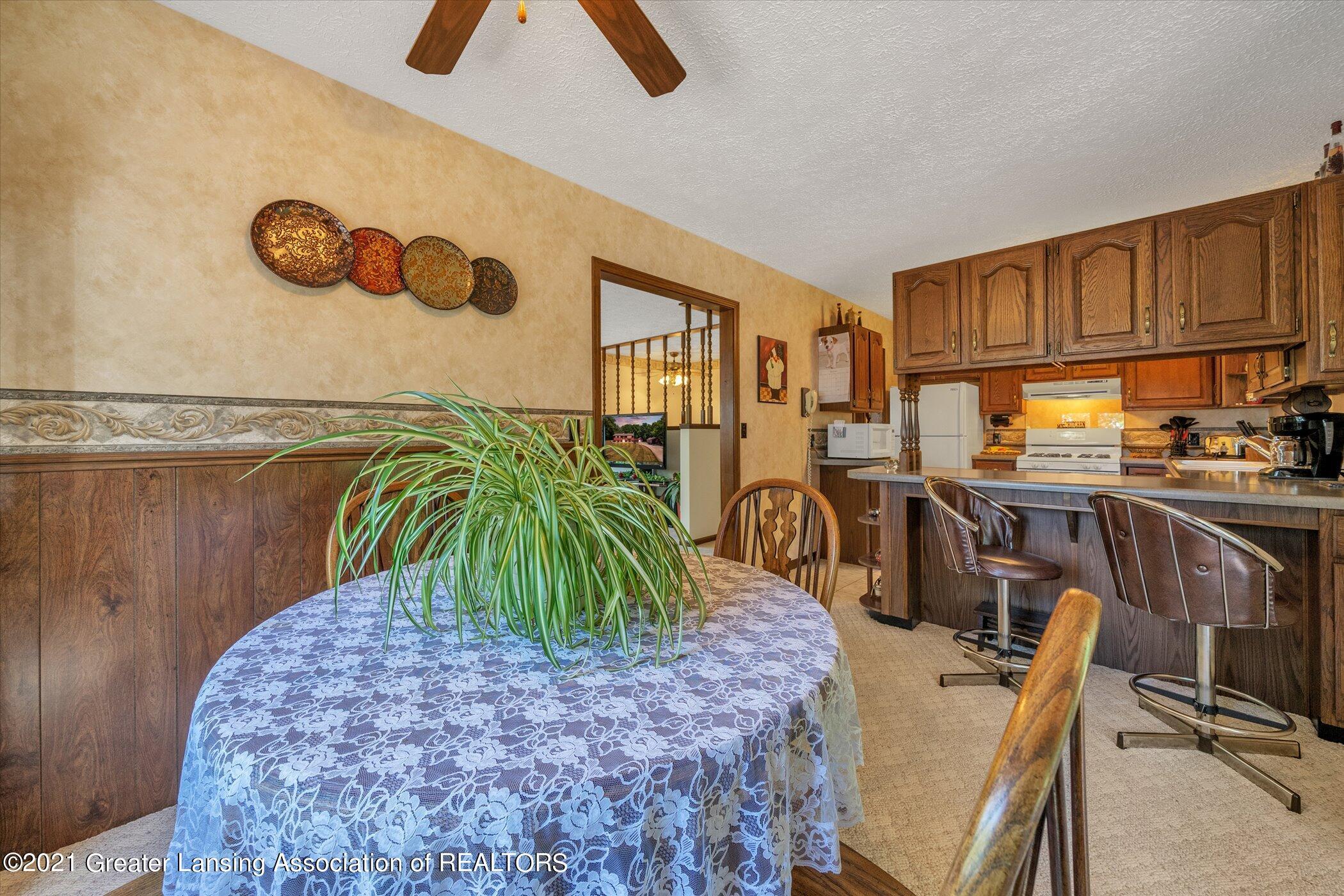7851 S Cochran Rd - (19) MAIN FLOOR Dining Room - 19