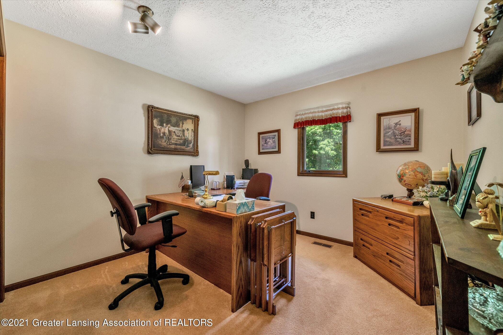 7851 S Cochran Rd - (20) MAIN FLOOR Office - 20