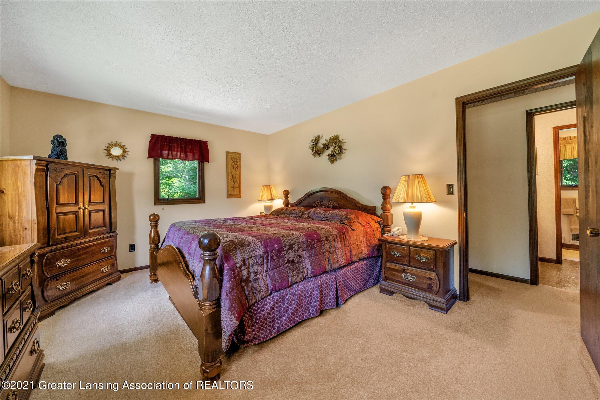 7851 S Cochran Rd - (22) MAIN FLOOR Bedroom 1 - 22