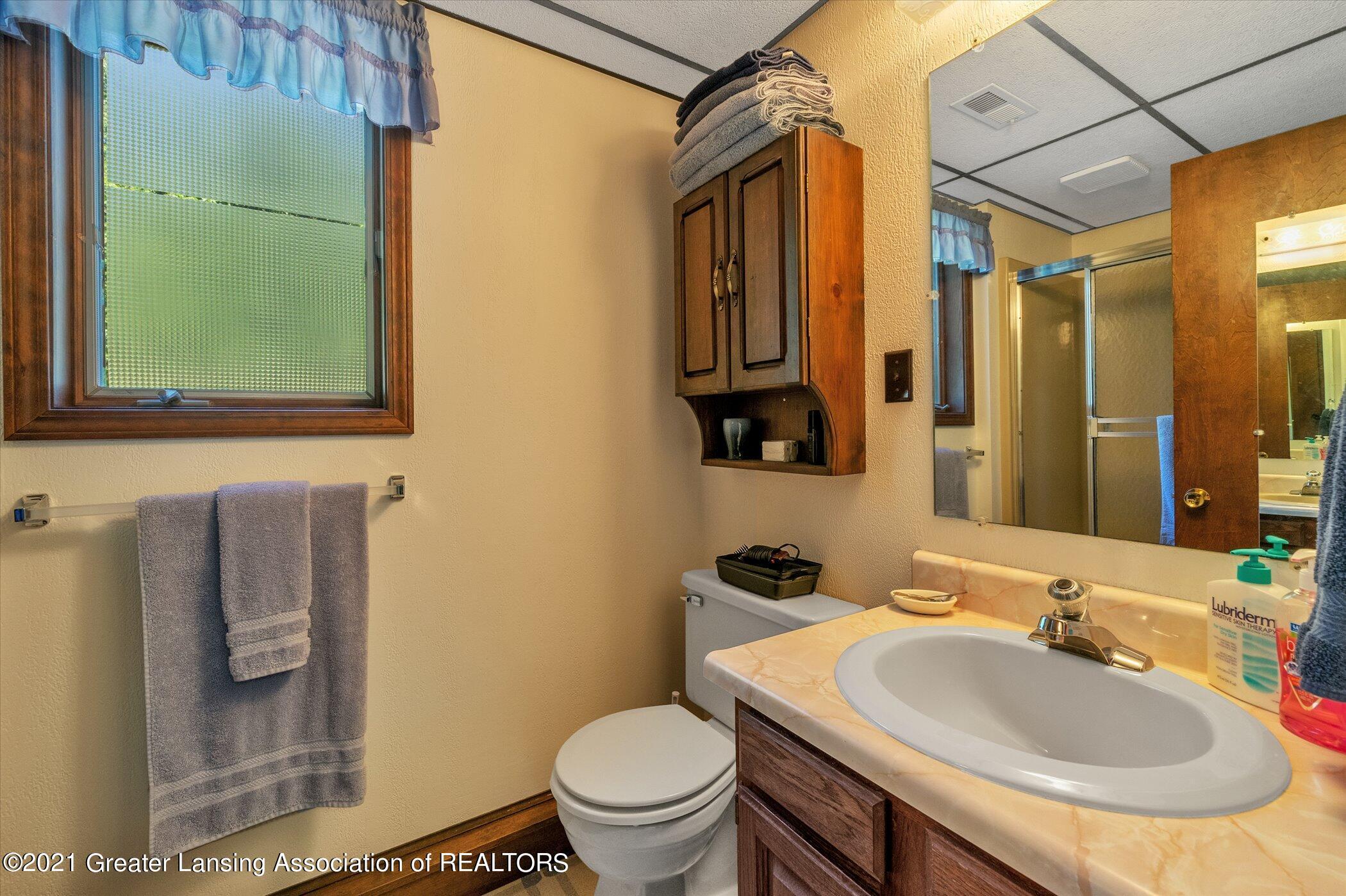 7851 S Cochran Rd - (32) LOWER LEVEL Bathroom - 32