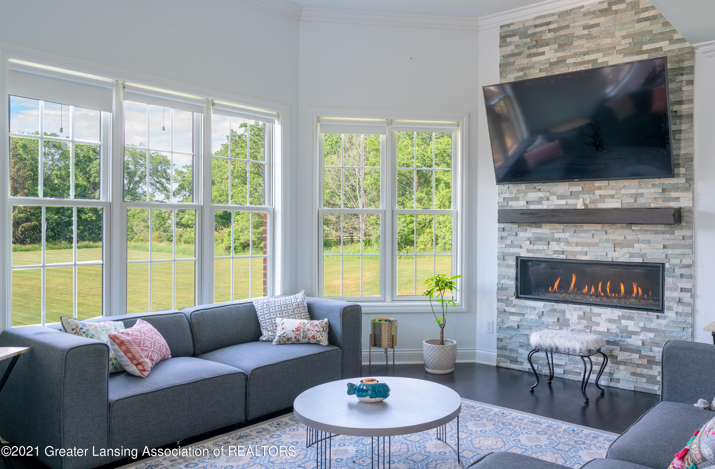 50 Victorian Hills Dr - Family Room - 29