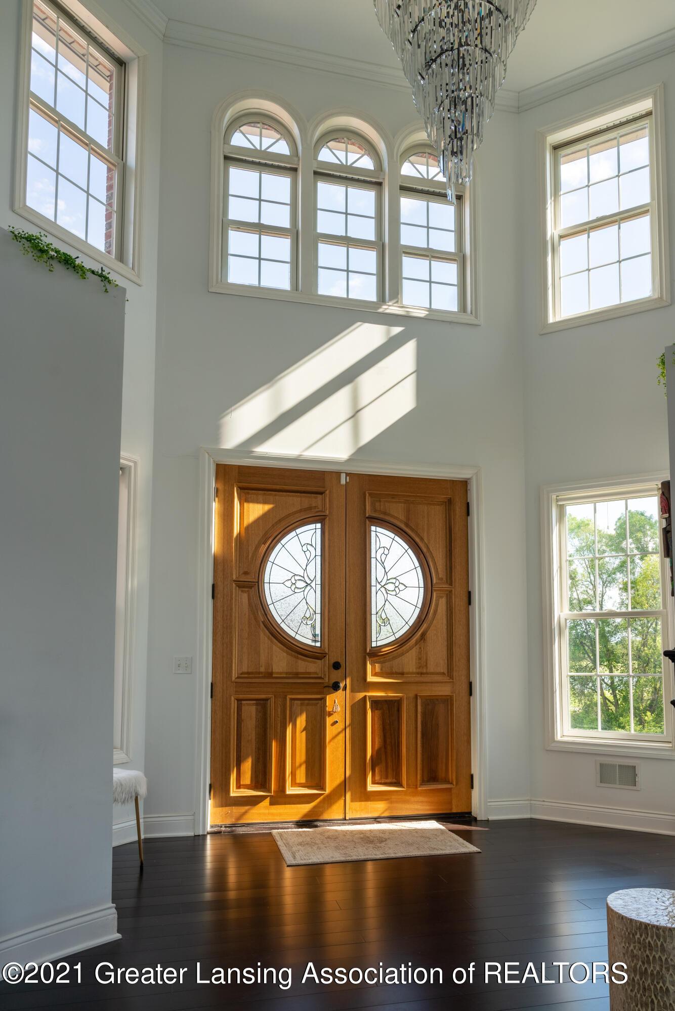 50 Victorian Hills Dr - Foyer - 10