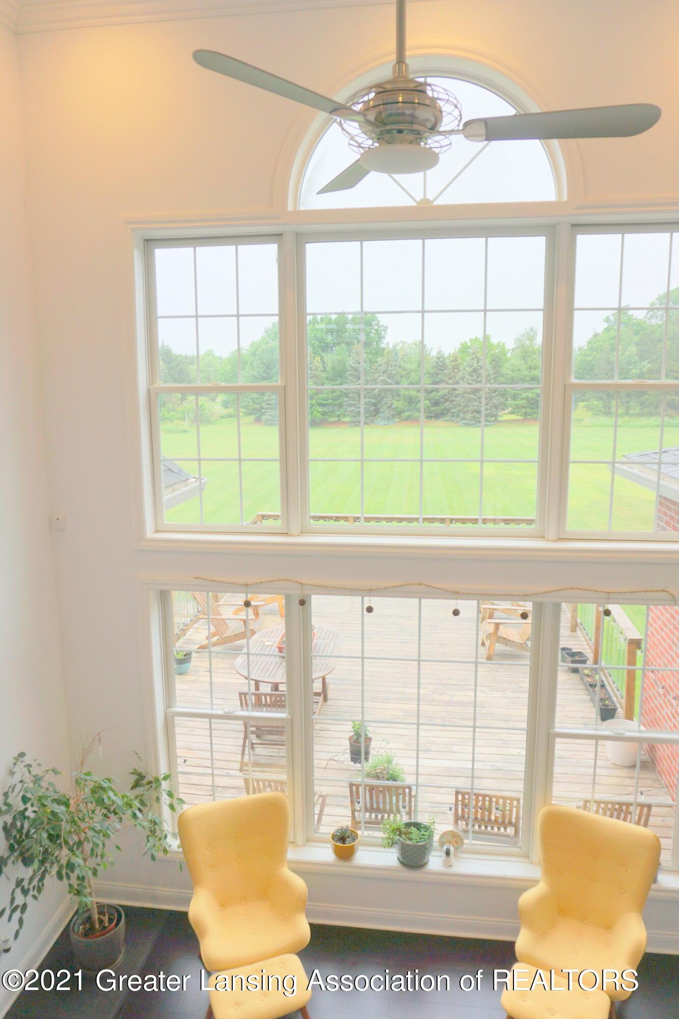 50 Victorian Hills Dr - Living Room - 15
