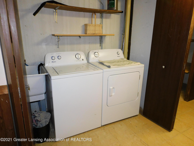 2105 La Mer Ln - Laundry - 28