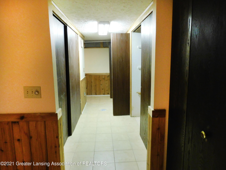 2105 La Mer Ln - Many closets - 27