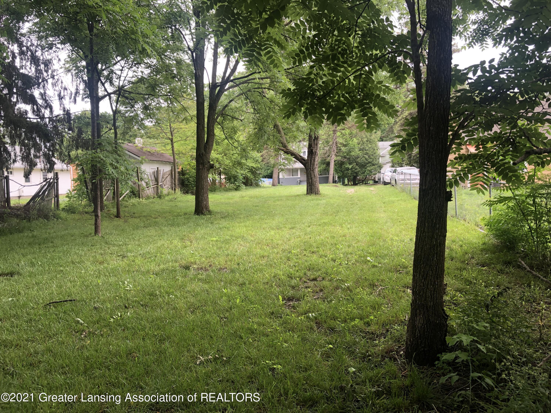 317 E Cavanaugh Rd - pic 4 629 - 5