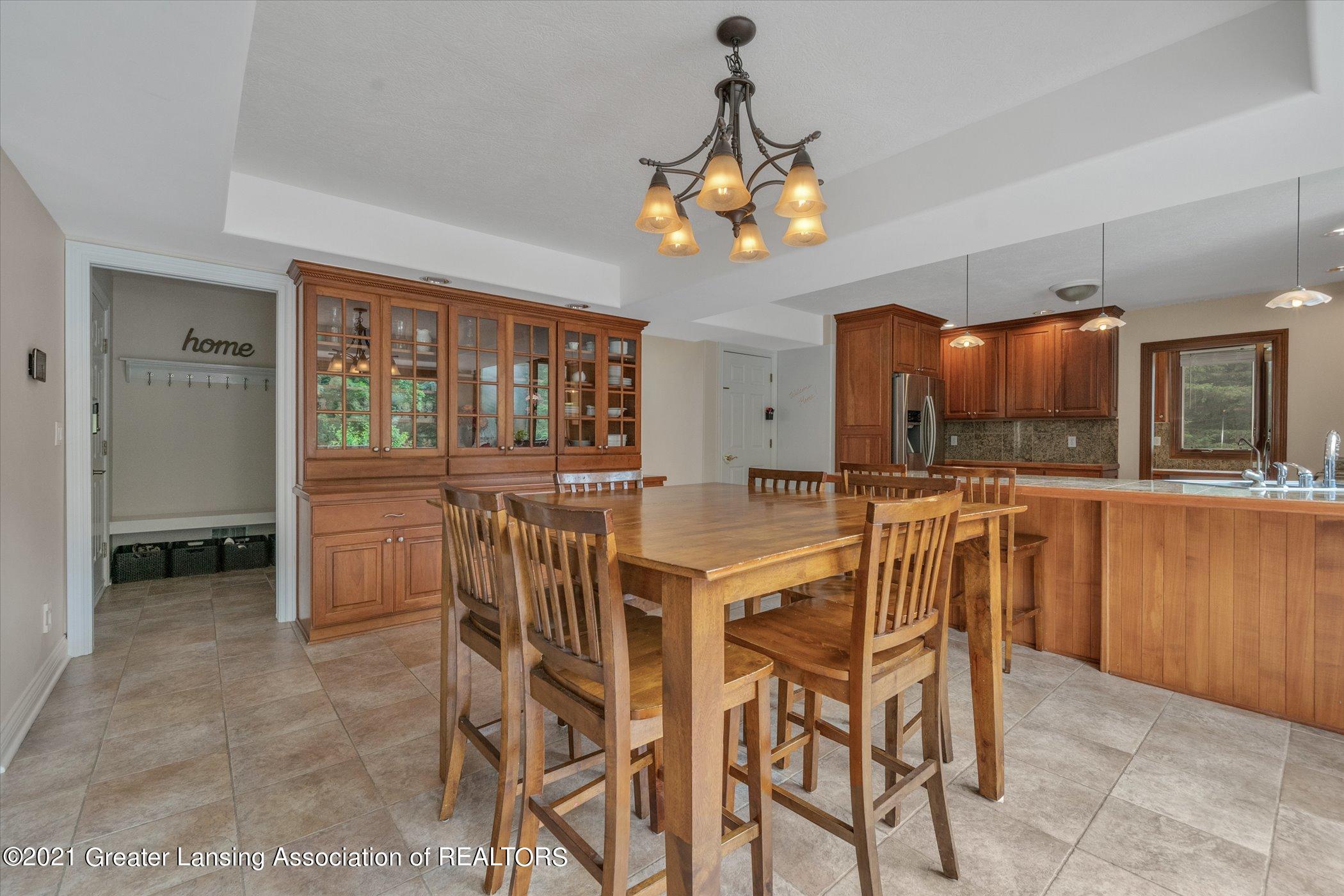 8100 Casandra Ln - MAIN FLOOR Dining Room - 13