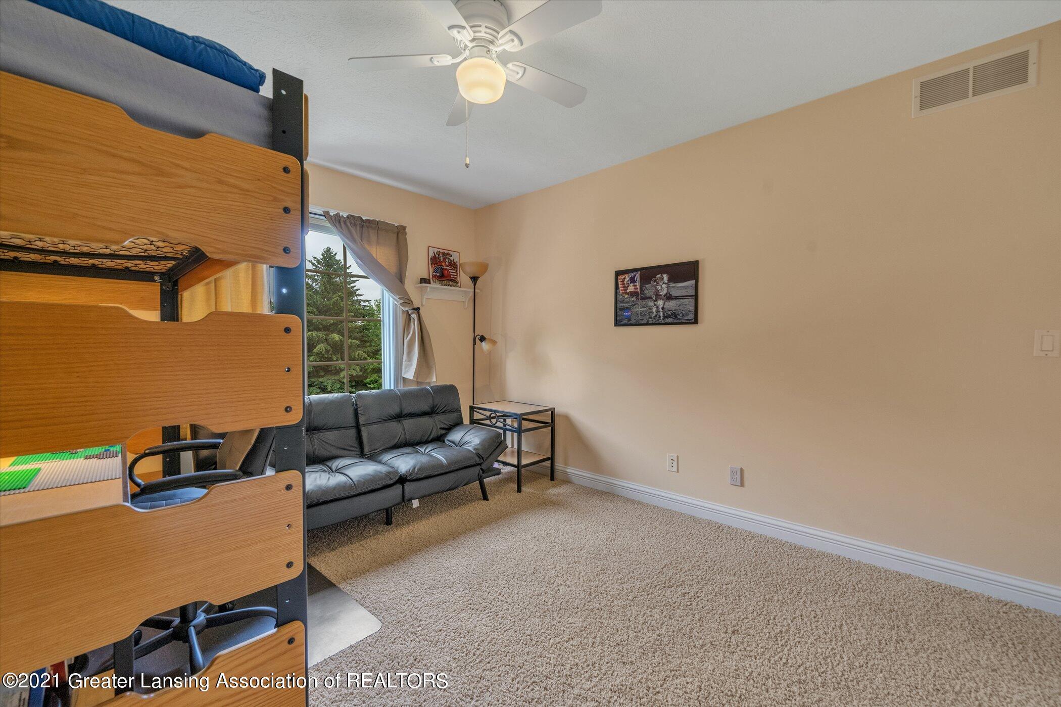 8100 Casandra Ln - UPPER LEVEL Bedroom 2 - 27