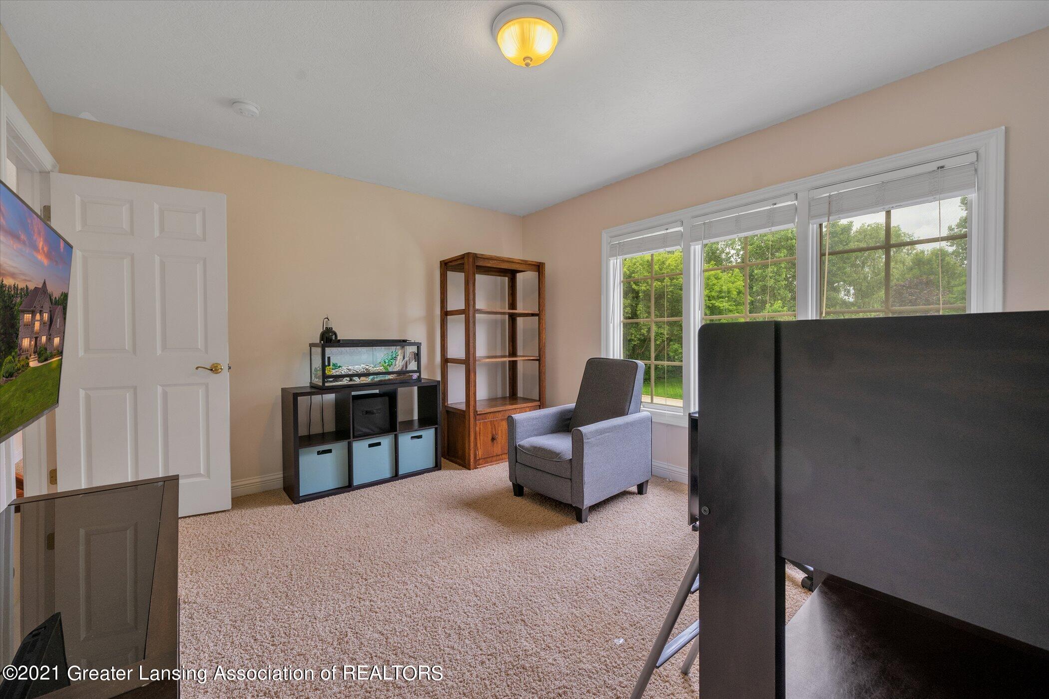 8100 Casandra Ln - UPPER LEVEL Bedroom 3 - 28