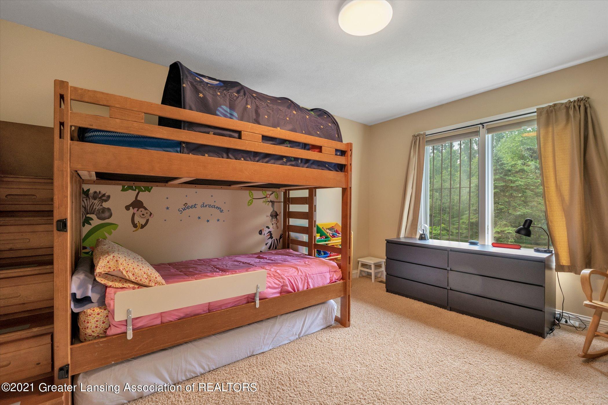 8100 Casandra Ln - UPPER LEVEL Bedroom 4 - 32