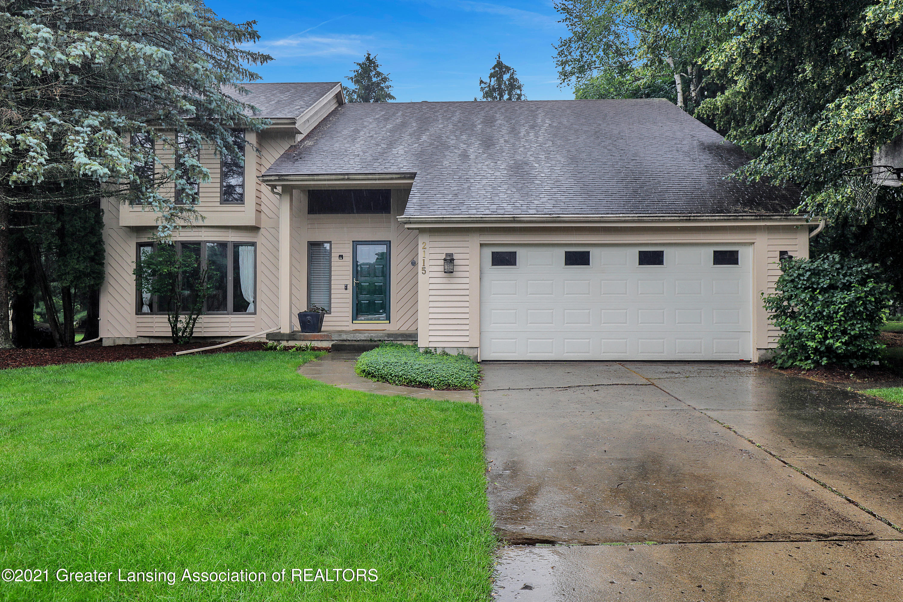 2115 Woodfield Rd - 9I3A0900 - 1