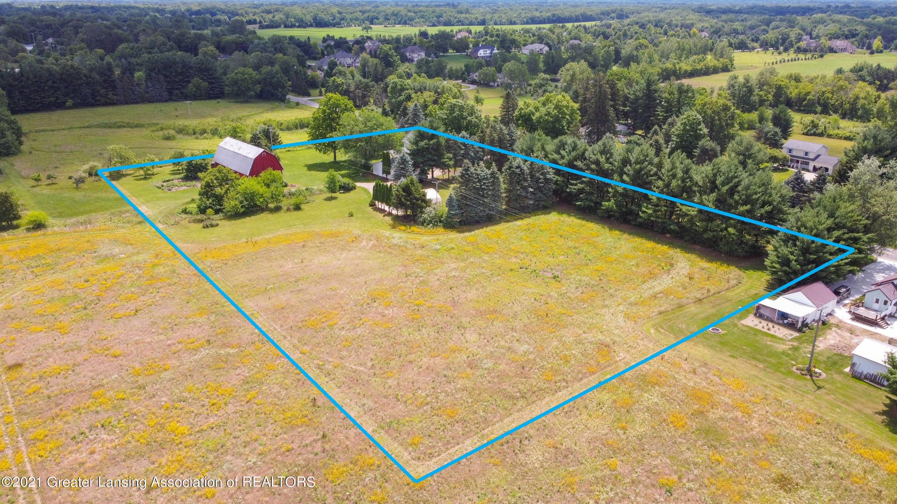1061 Sherwood Rd - Aerial-4boundries - 87