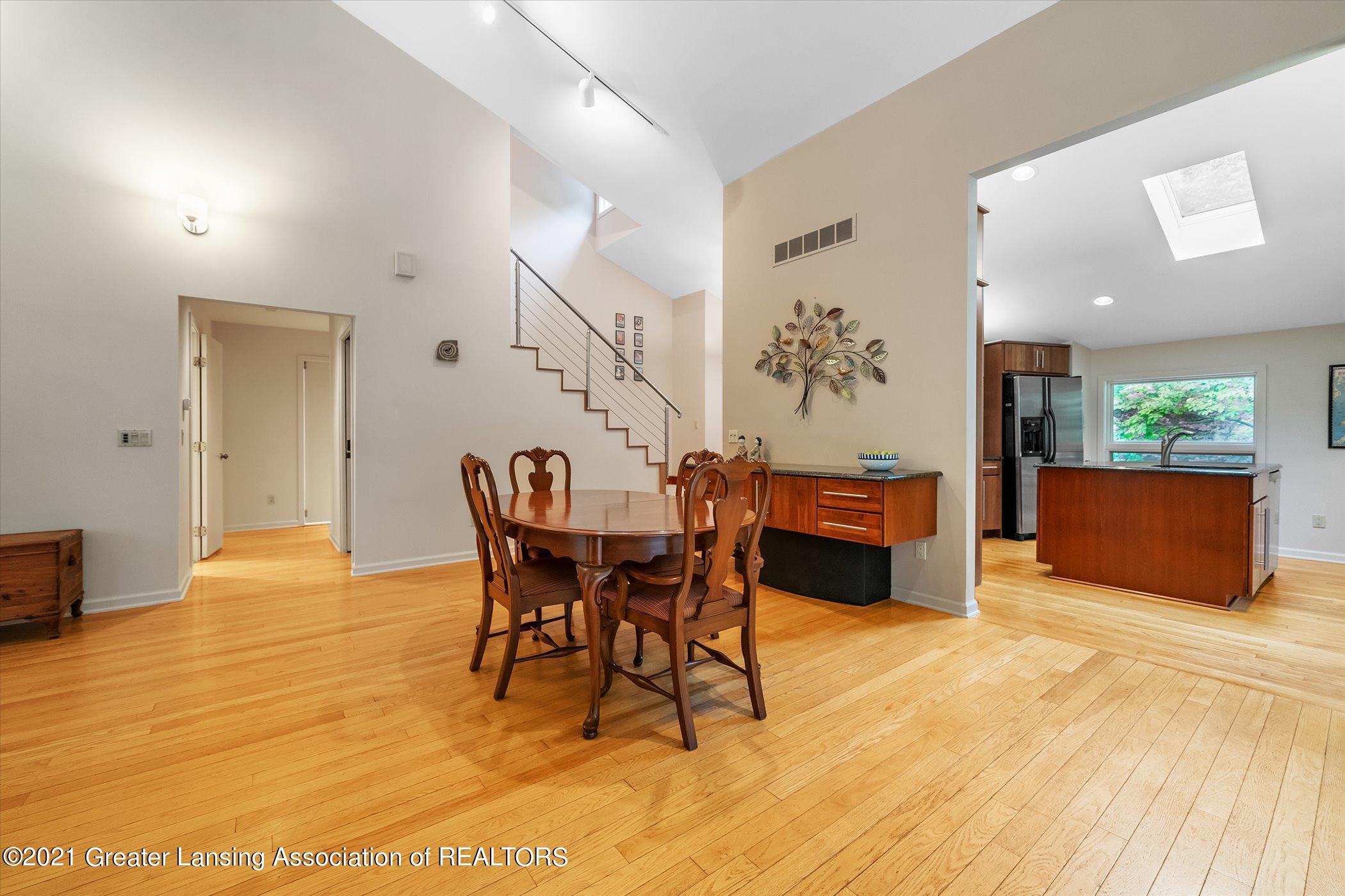 442 Shoesmith Rd - (12) MAIN FLOOR Dining Room - 13