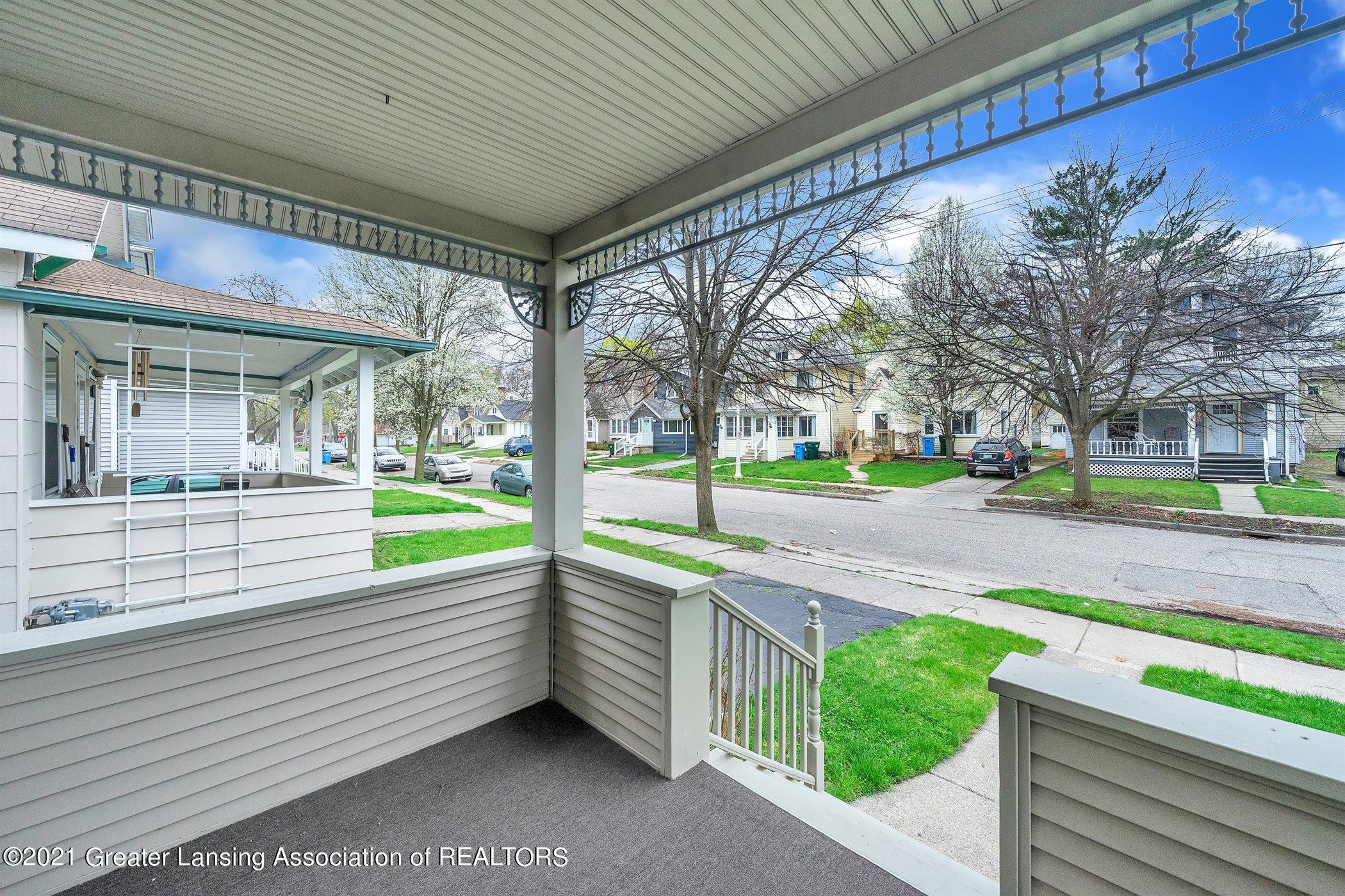 726 N Magnolia Ave - (2) EXTERIOR Front Porch - 2