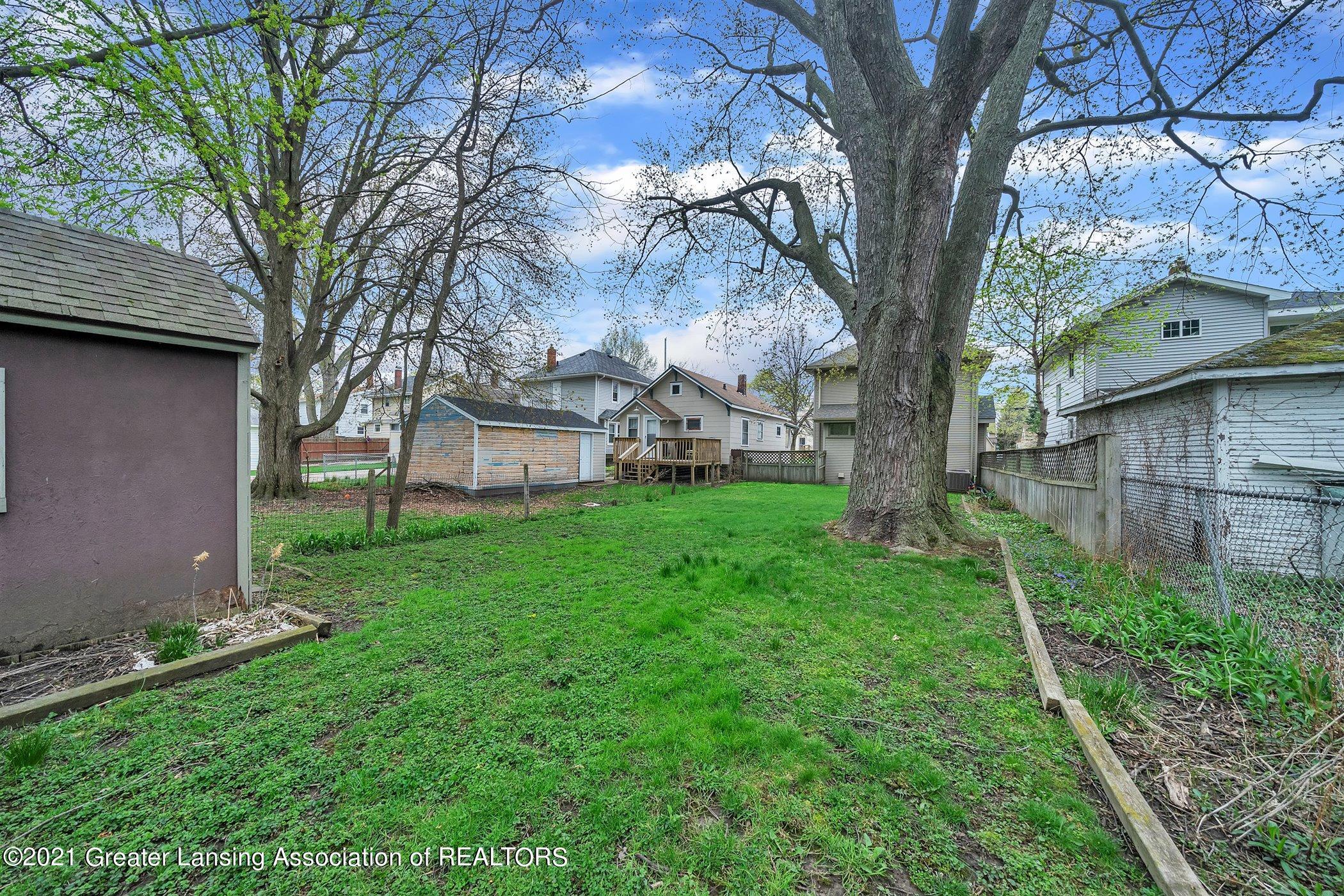 726 N Magnolia Ave - (20) EXTERIOR Backyard - 24
