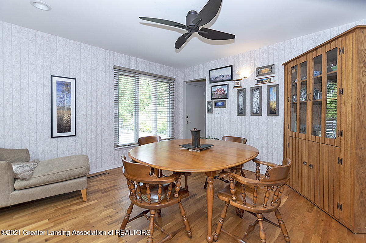 308 S Circle Dr - Dining Room - 17