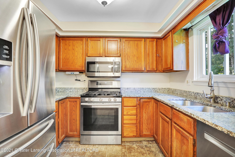 5983 Cypress St - Kitchen - 4