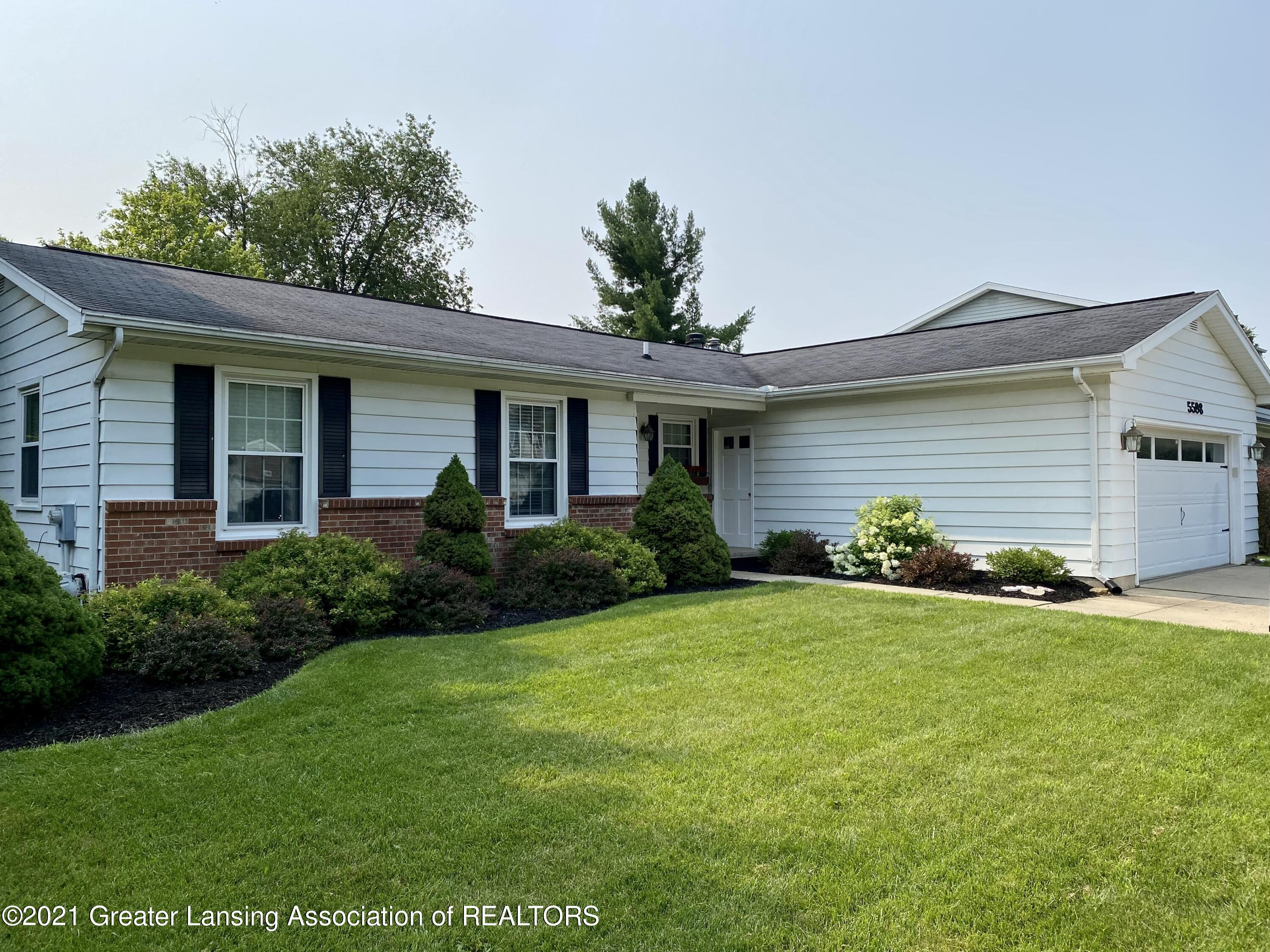 5598 Wood Valley Dr - IMG_7444 - 1
