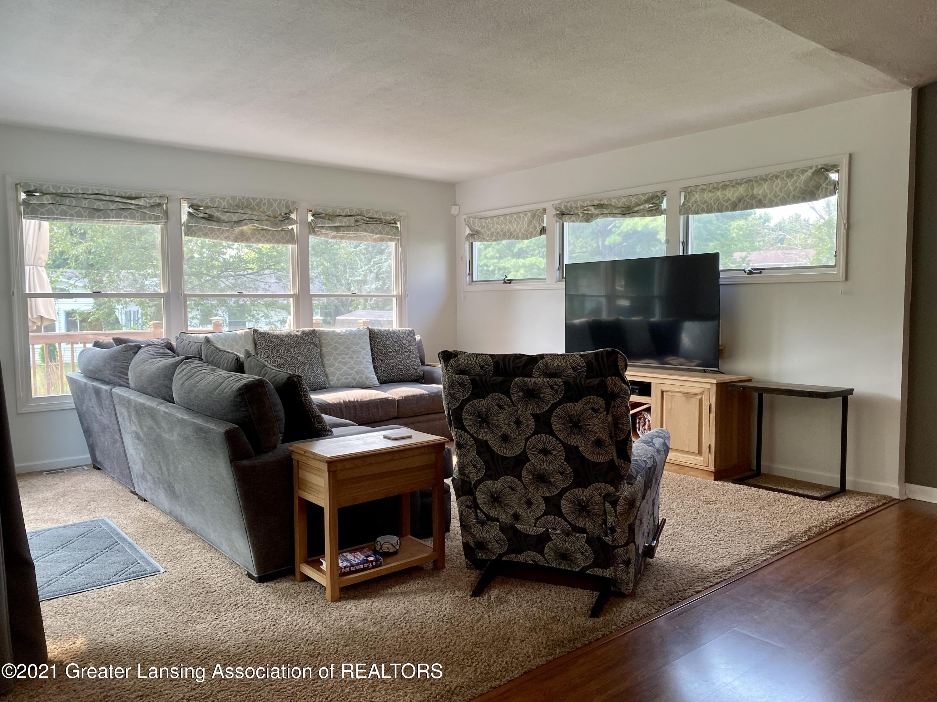 5598 Wood Valley Dr - IMG_7391 - 13