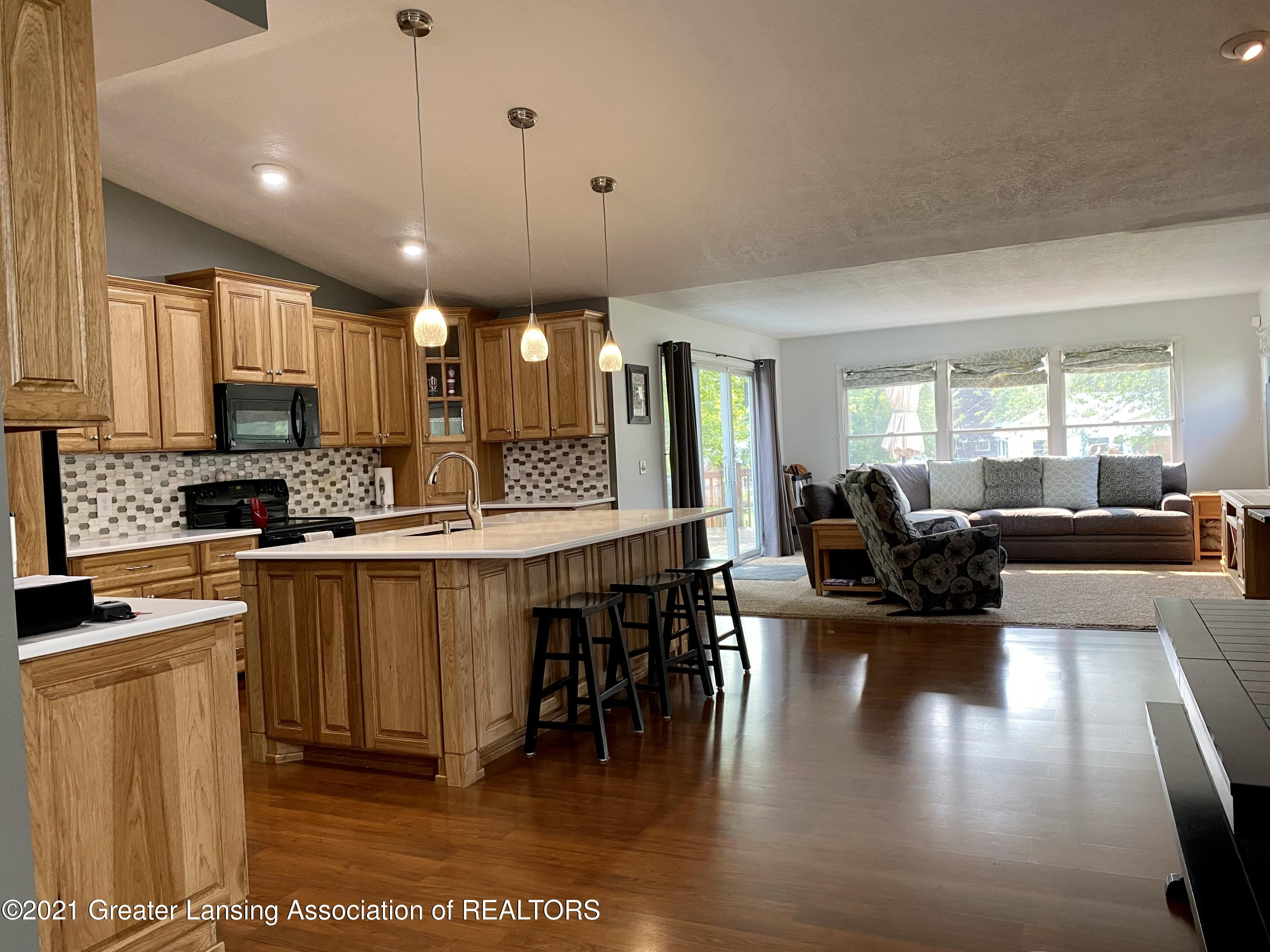 5598 Wood Valley Dr - IMG_7394 - 6