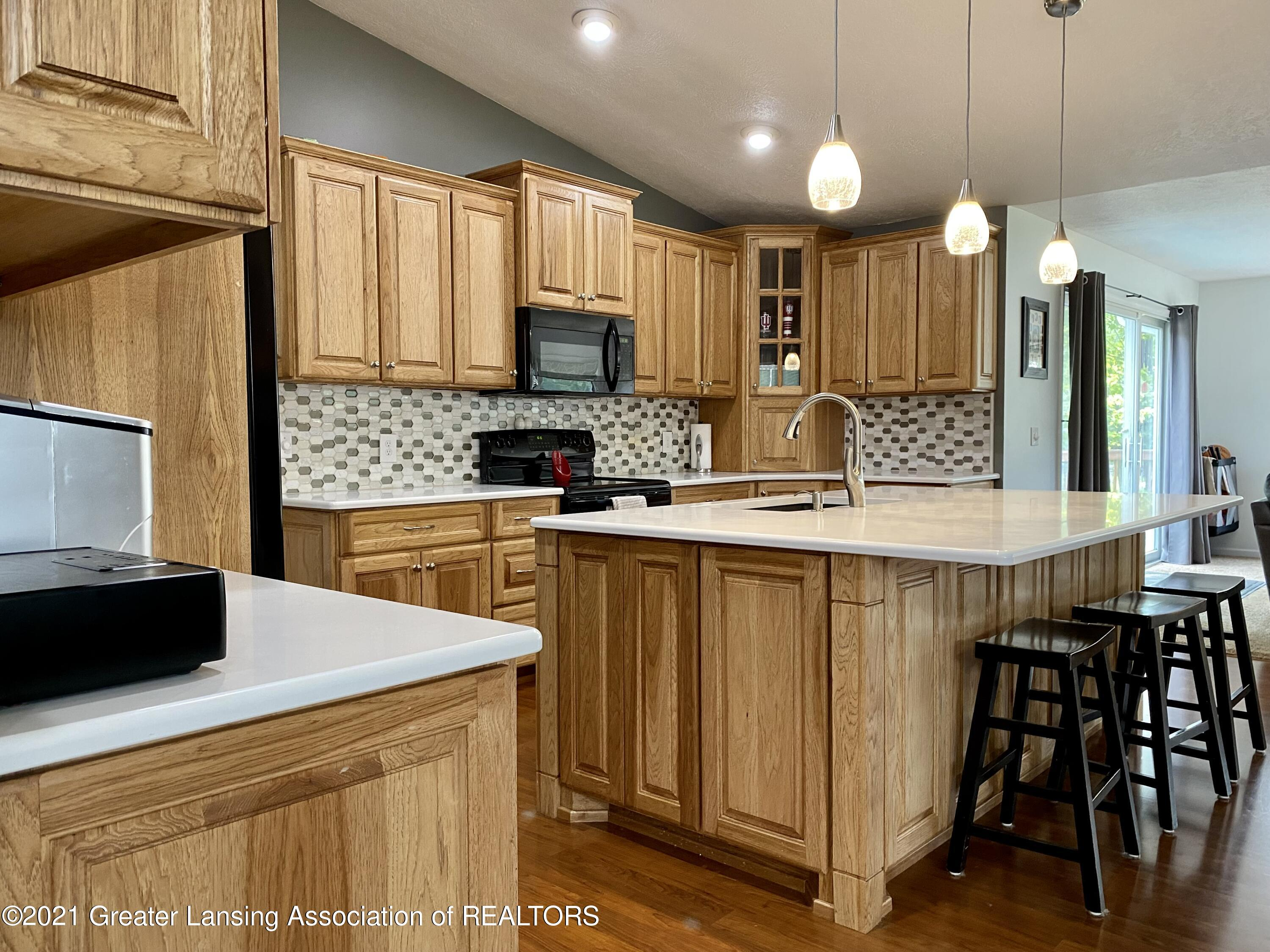 5598 Wood Valley Dr - IMG_7398 - 10