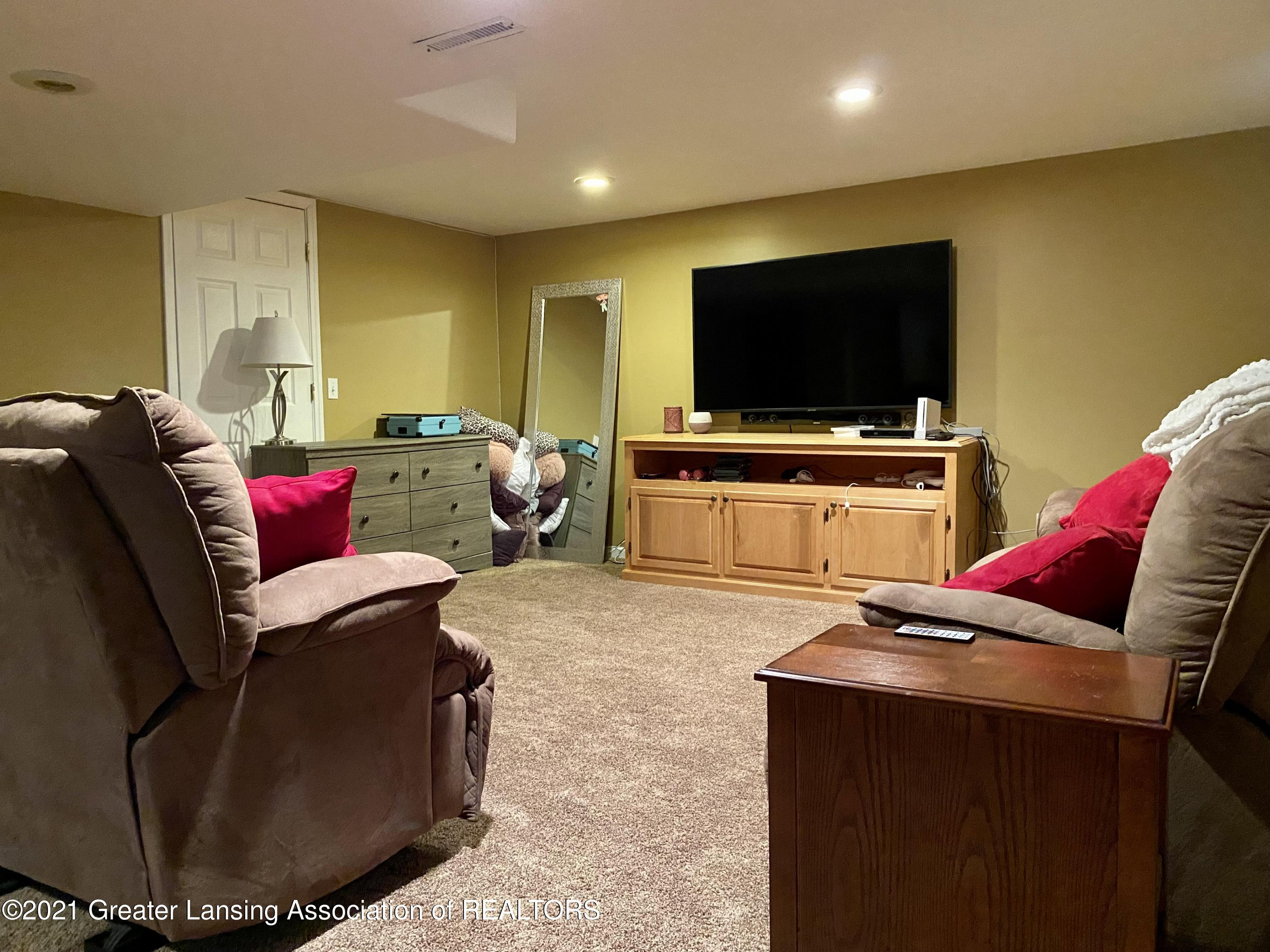5598 Wood Valley Dr - IMG_7424 - 23