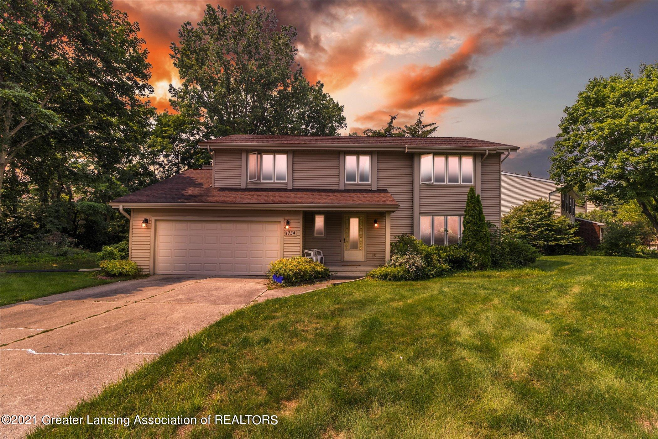 1754 Country View Dr - Front - 1