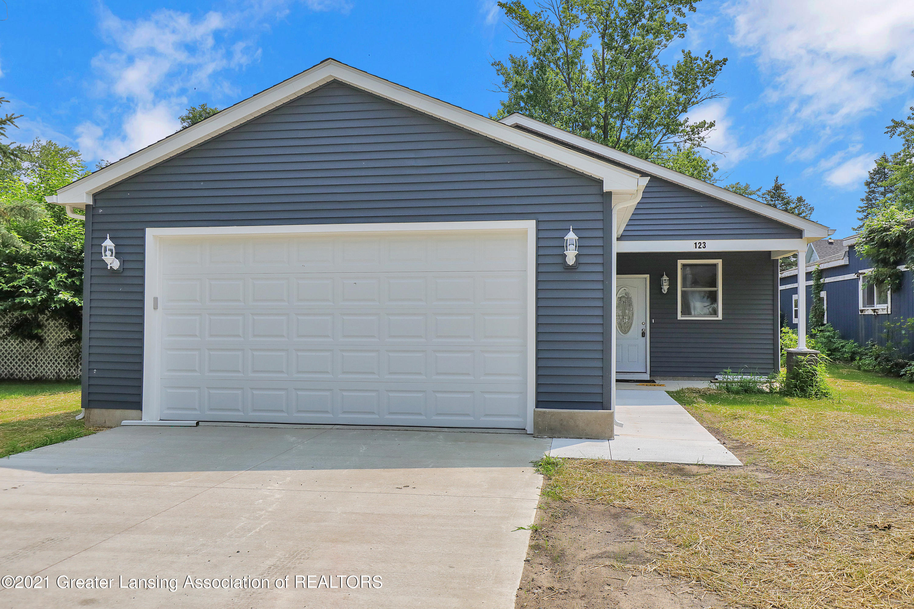 123 S Lincoln St - 9I3A0093 - 1