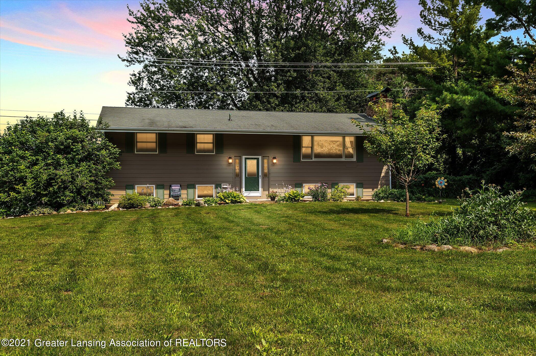 12285 Airport Rd - Front of House - 1