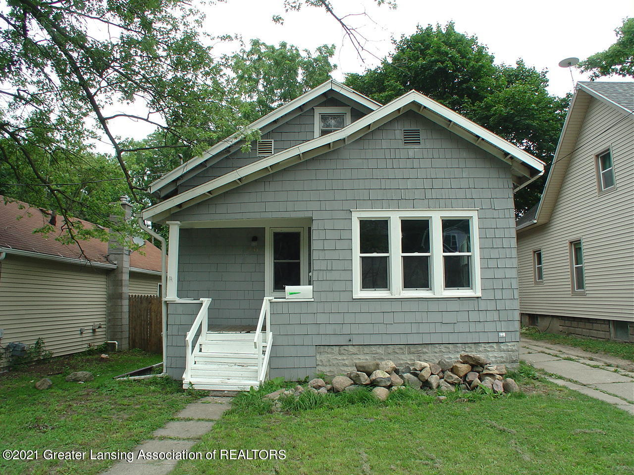 431 S Fairview Ave - 1.  Front View - 1