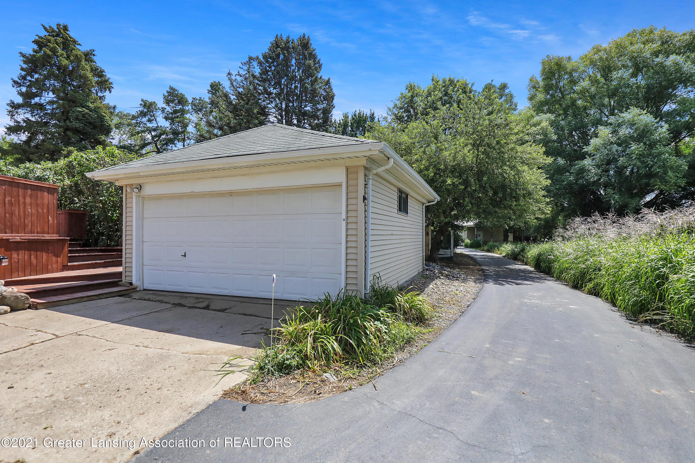 740 Linn Rd - Front outbuilding/detached garage - 17