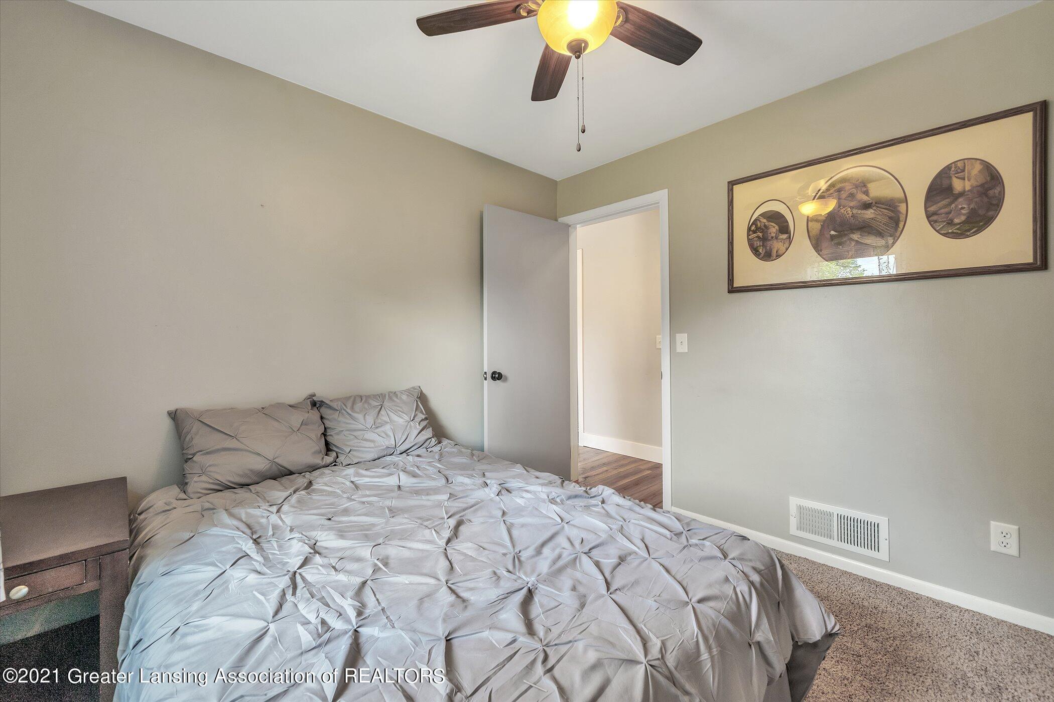 1101 Ro Dic Don Dr - (21) MAIN FLOOR  Bedroom 3 - 21