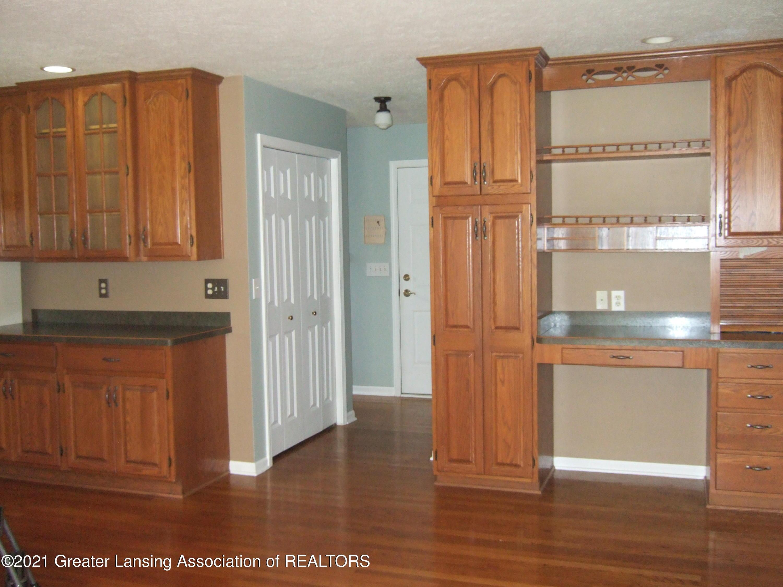47 E Newman Rd - Kitchen - 12