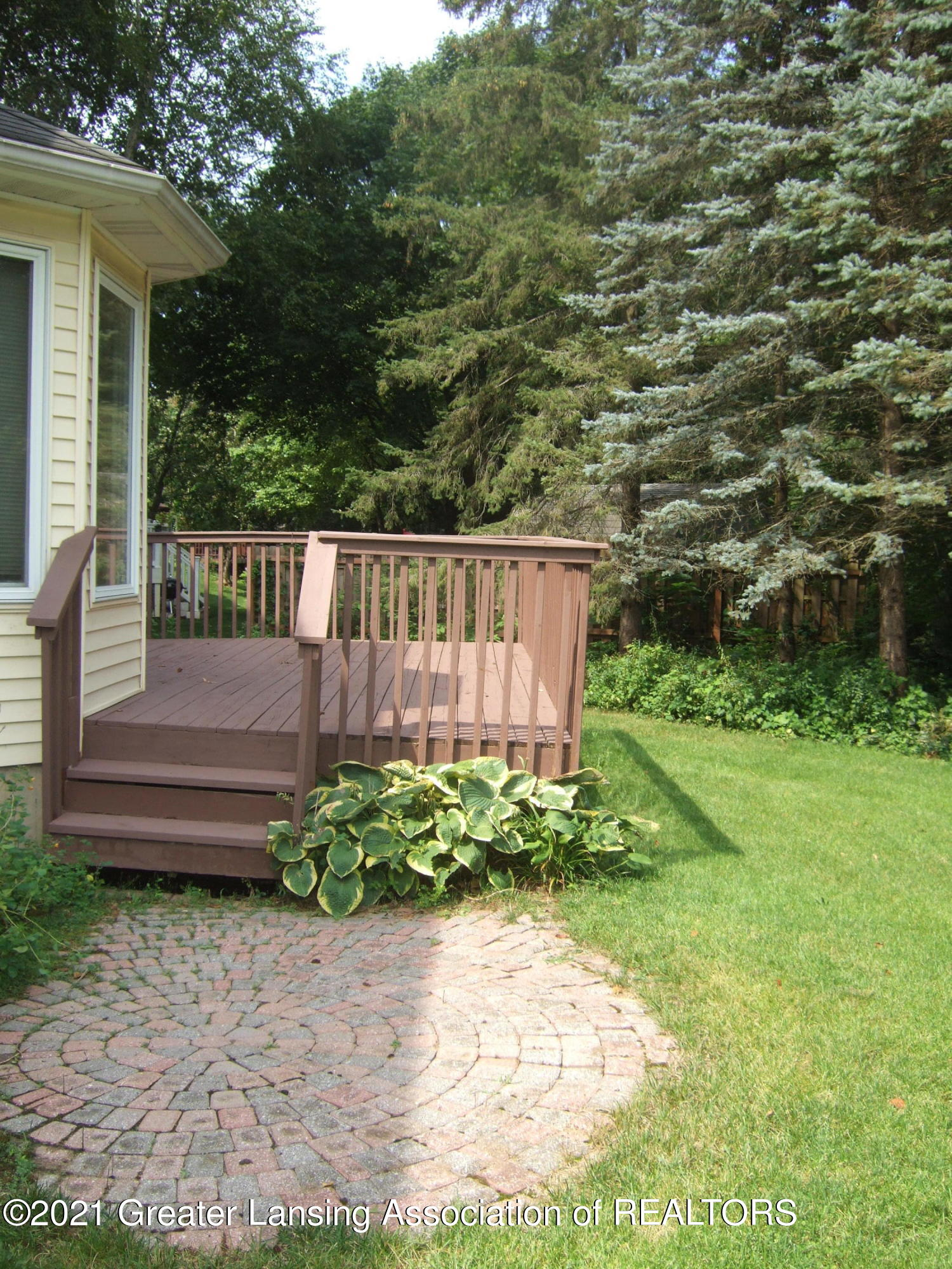 47 E Newman Rd - Deck and Patio on Rear of Home - 32