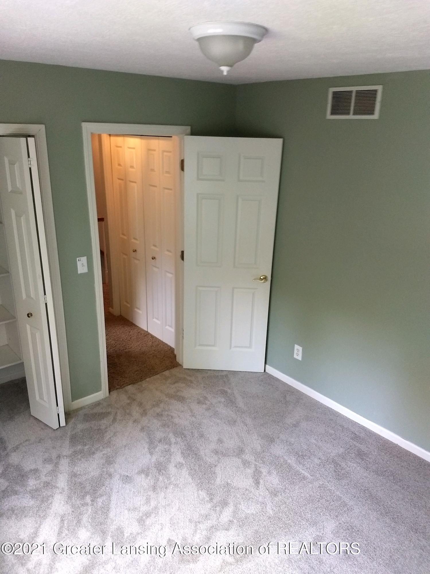 47 E Newman Rd - Bedroom #3 - 24