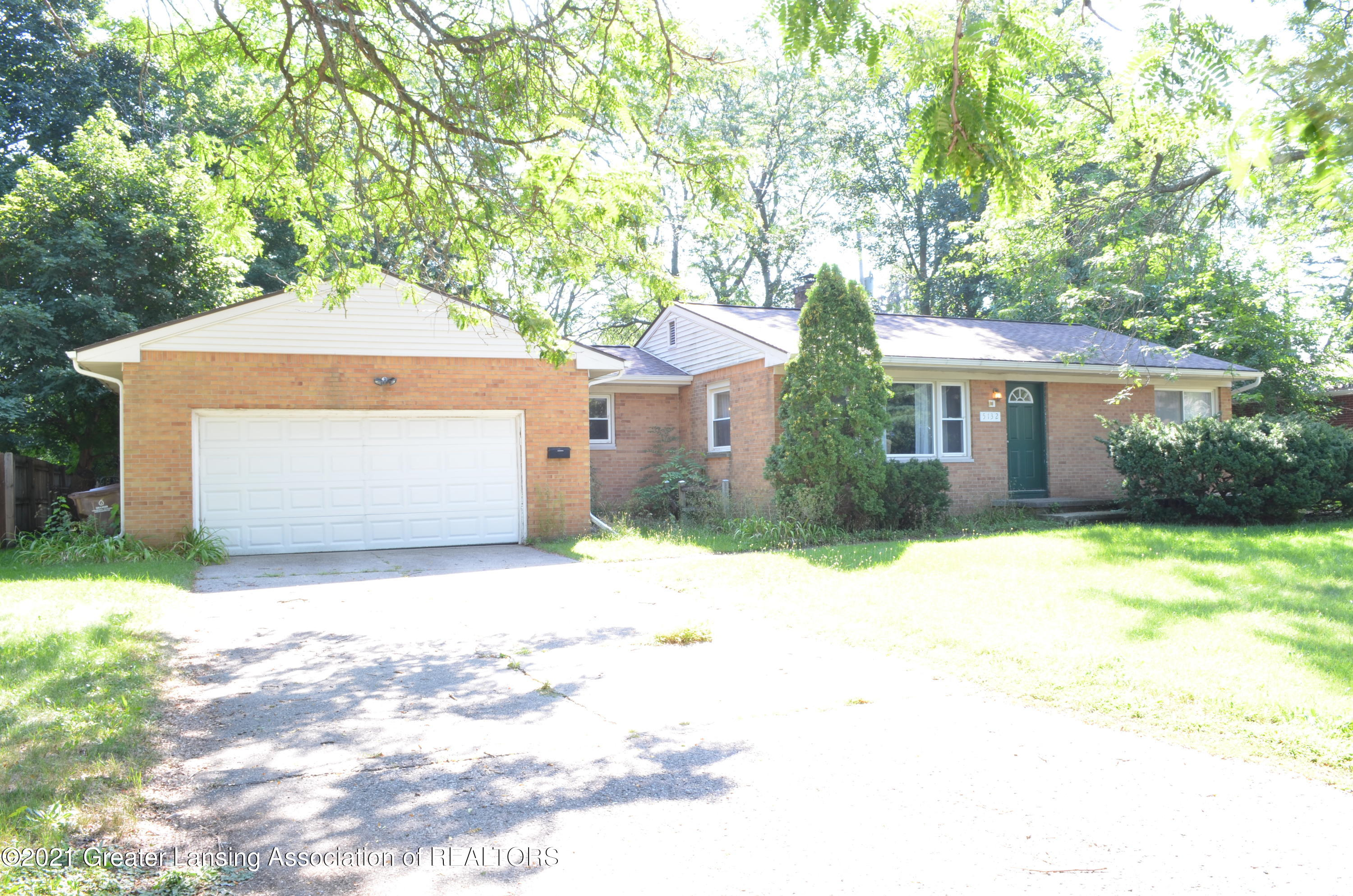 5132 E Brookfield Dr - Front - 1