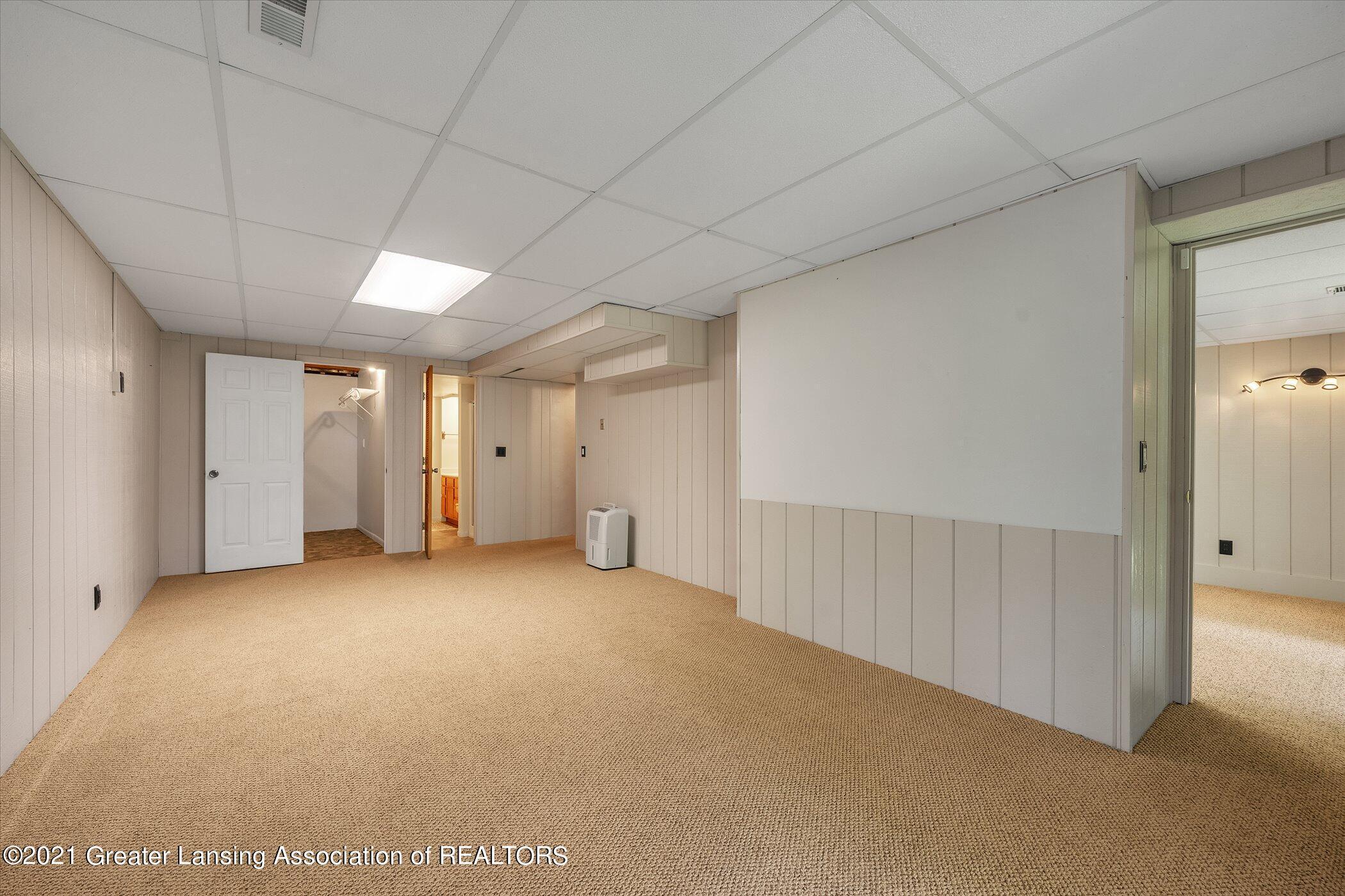 2529 Duryea Ct 40 - (24) LOWER LEVEL Recreation Room - 19