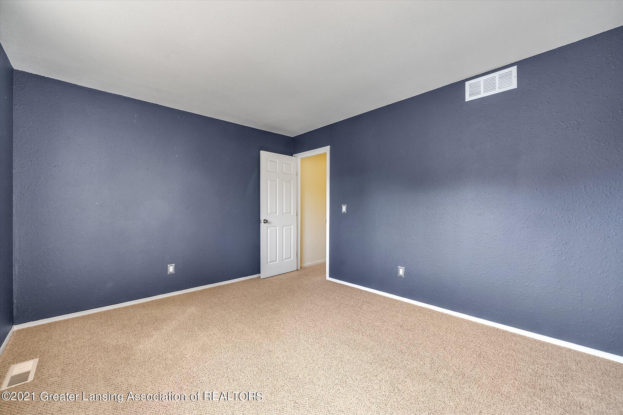 2529 Duryea Ct 40 - (22) UPPER LEVEL Bedroom 3 - 24
