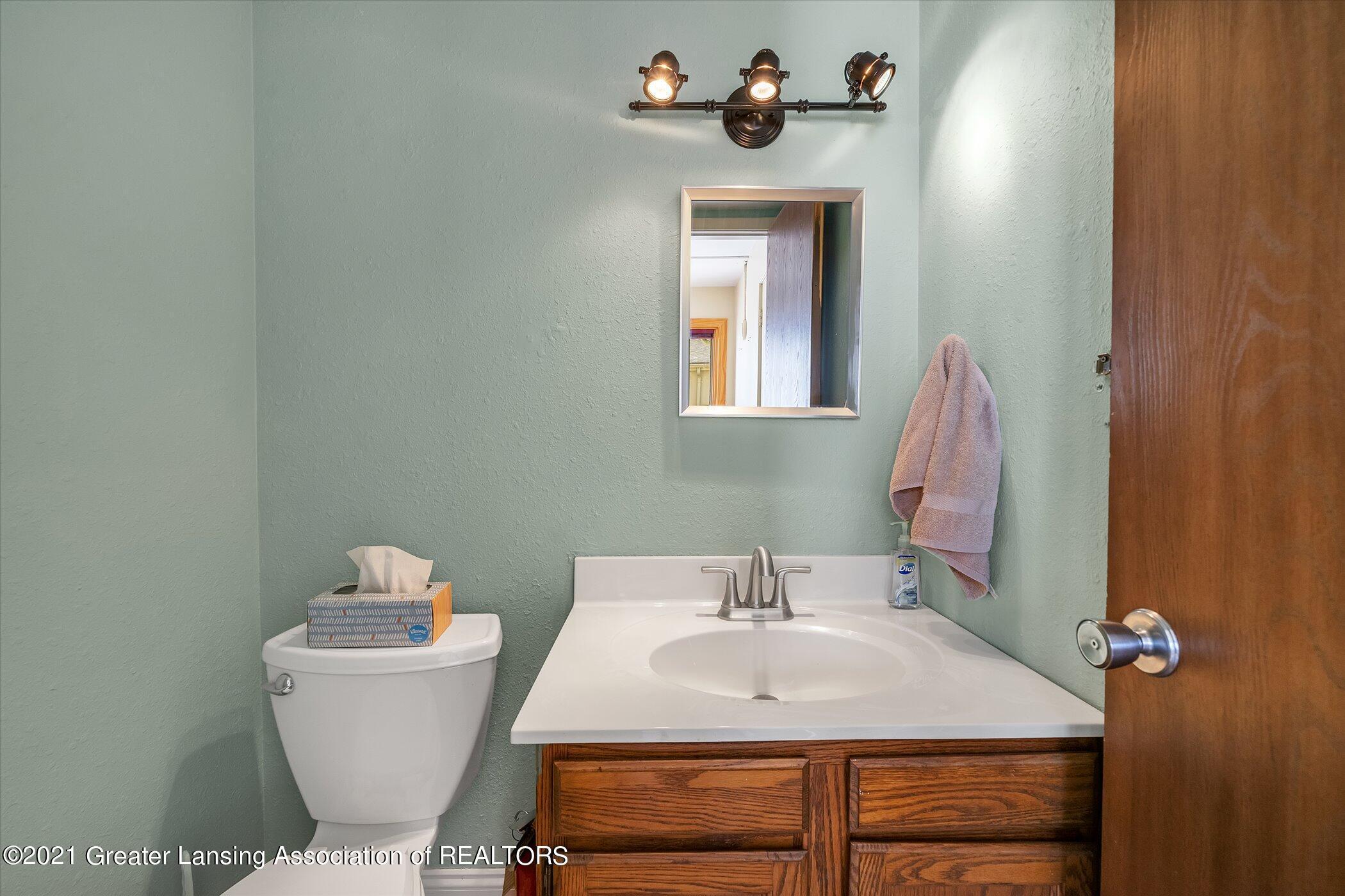 2529 Duryea Ct 40 - (14) MAIN FLOOR Half Bathroom - 25