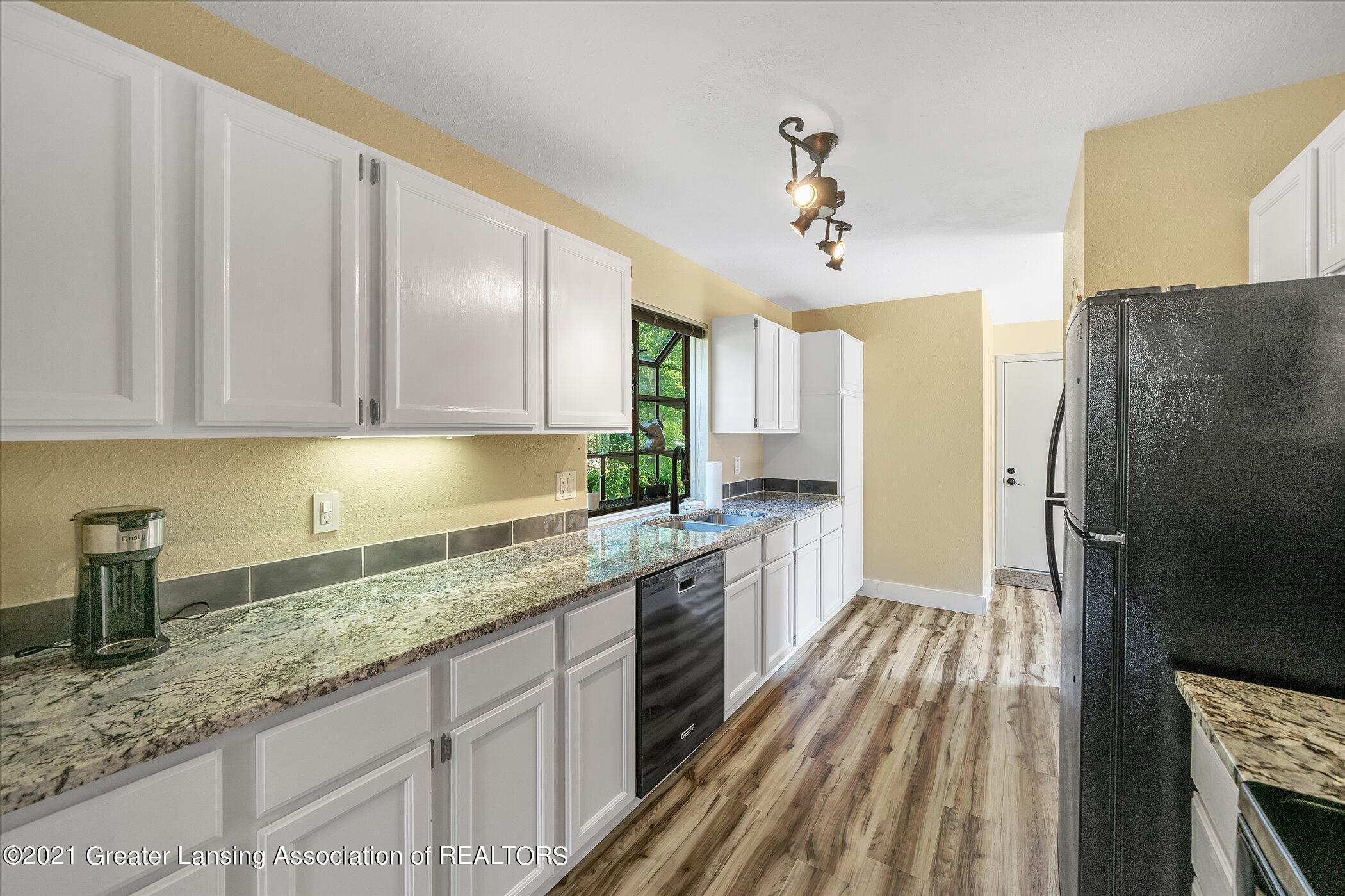 2529 Duryea Ct 40 - (7) MAIN FLOOR Kitchen - 10