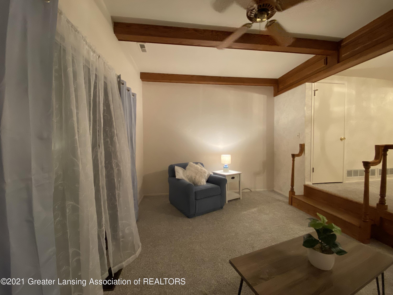 1940 Lac Du Mont Dr - Living Room 4 - 26