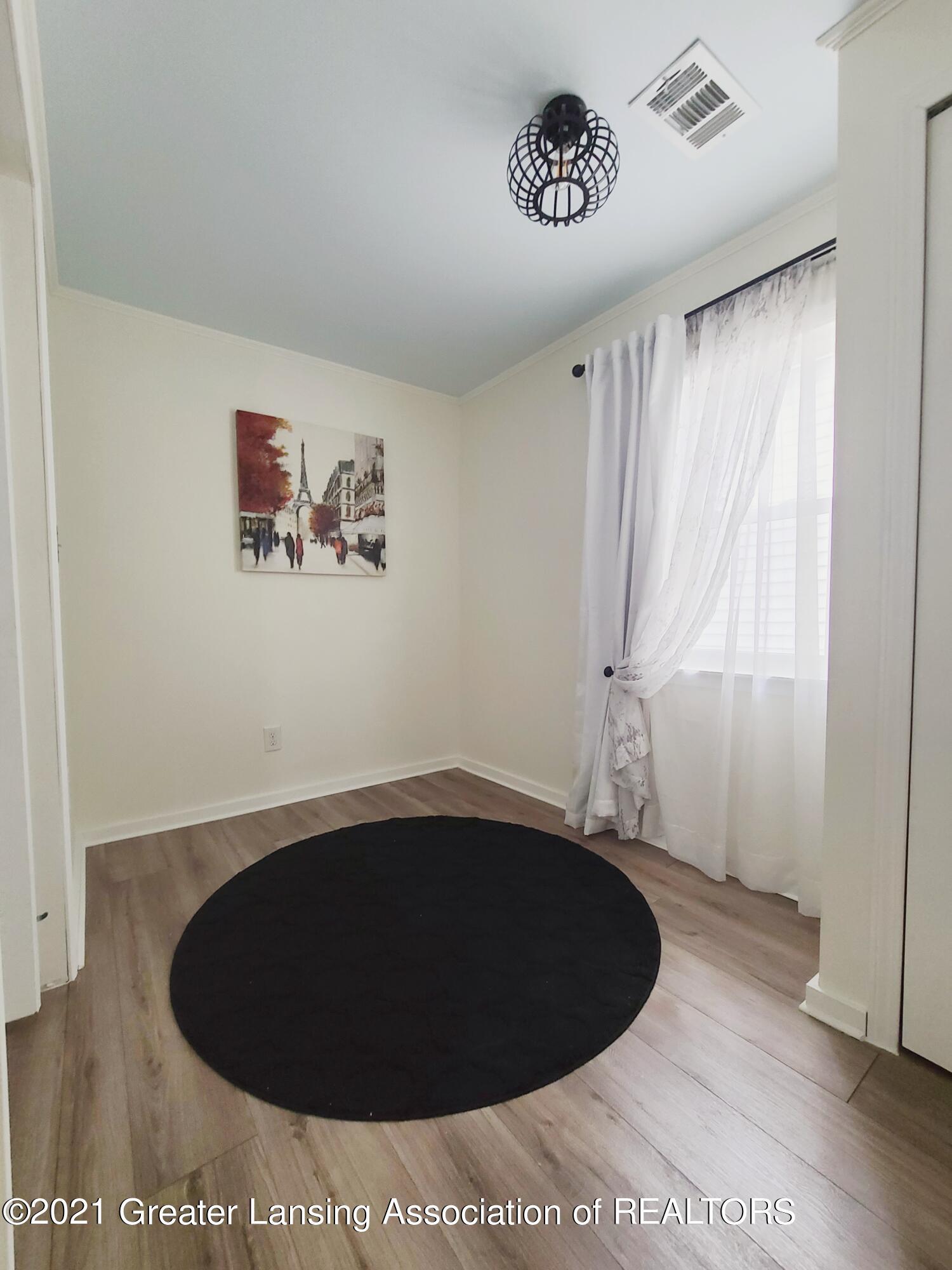 5988 Martinus St - Bonus Room - 16