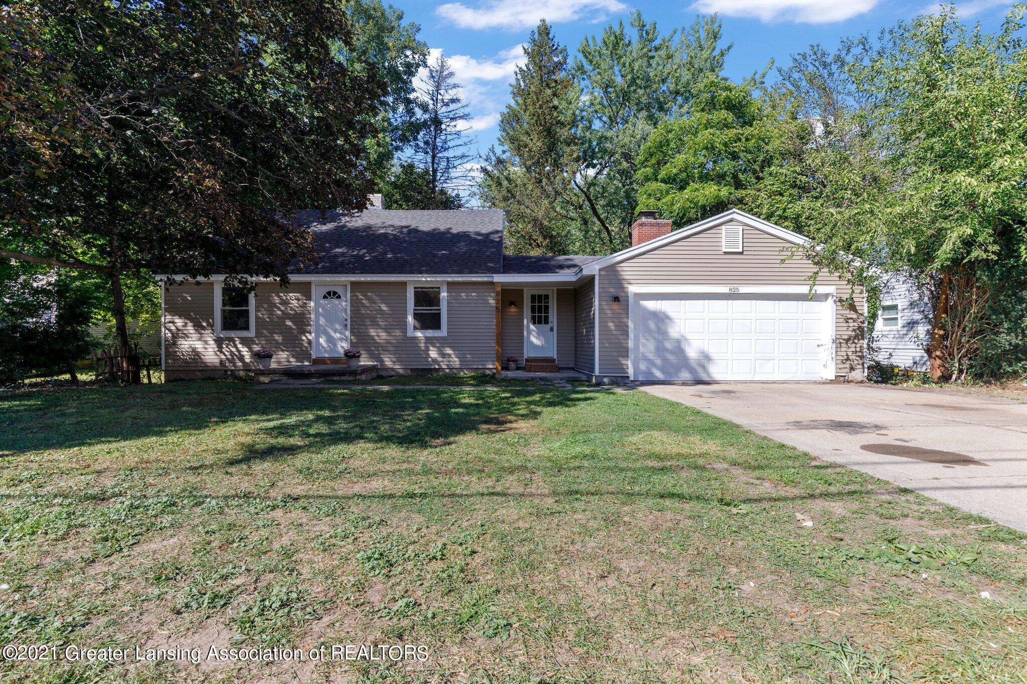 825 E Willoughby Rd - FRONT - 1