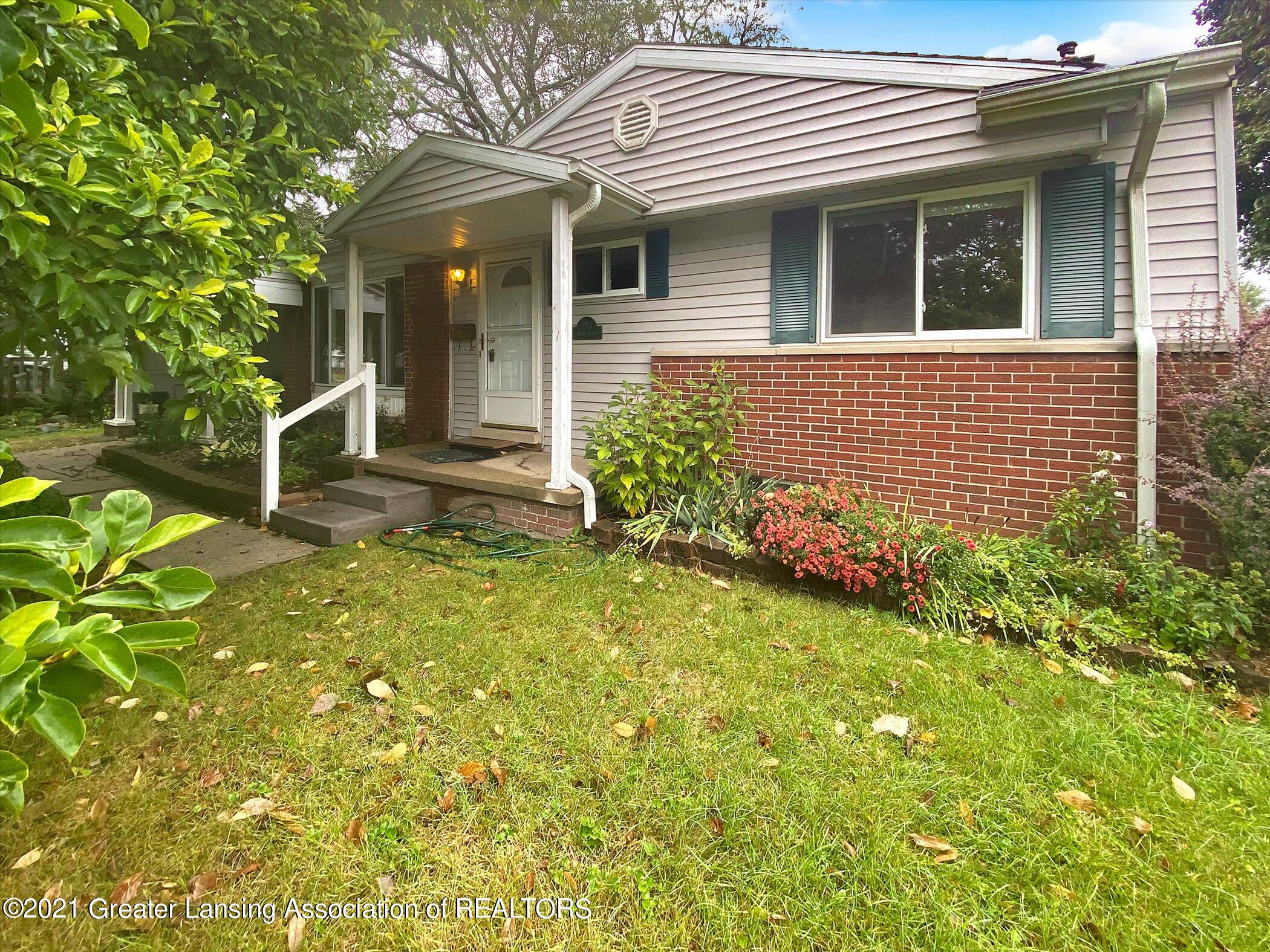 2515 Mark Ave - Front - 1