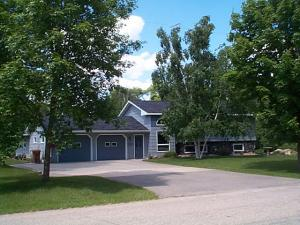 21634 Memorial Drive, Glenwood, MN 56334