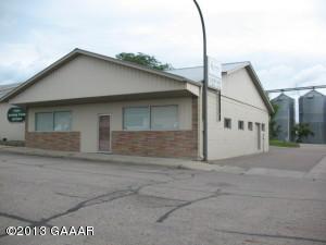 15 Division Street E, Elbow Lake, MN 56531