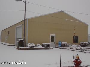 412 GENEVA Road NE, Alexandria, MN 56308