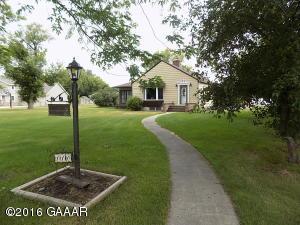 110 N Lakeshore Drive, Glenwood, MN 56334