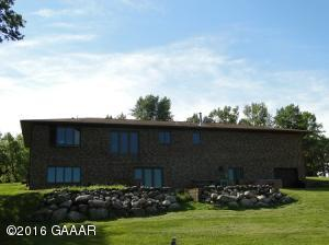 26775 MICKELSON Drive, Starbuck, MN 56381