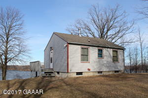 18270 E Lake Vermont Road NE, Parkers Prairie, MN 56361